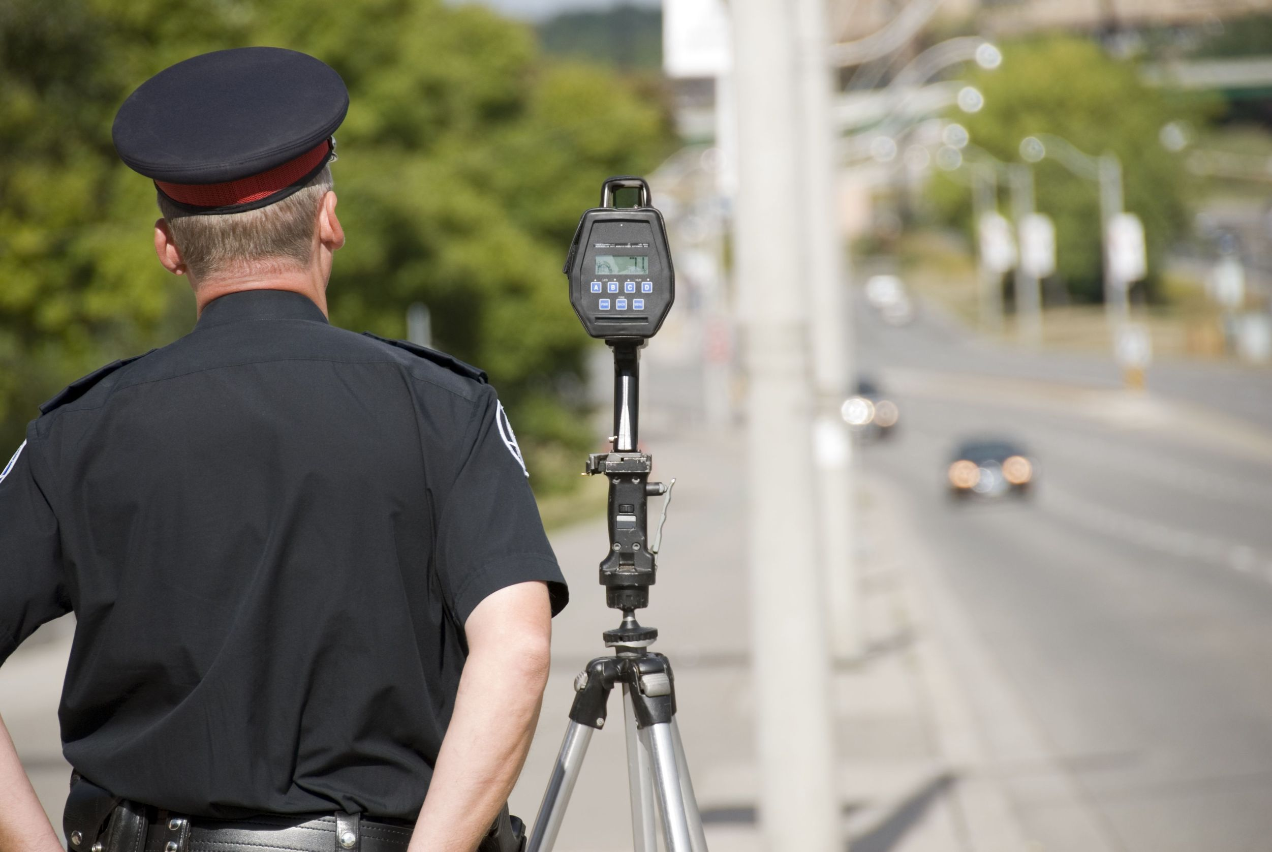 Should You Fight a Speeding Ticket? Learn Why You Shouldn't Pay!